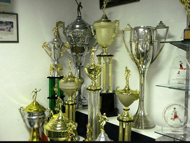 Sala de troféus na sede do Santa Marina (foto: Acervo/SMAC)